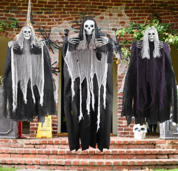Halloween Hanging Skeletons - Garies Girl